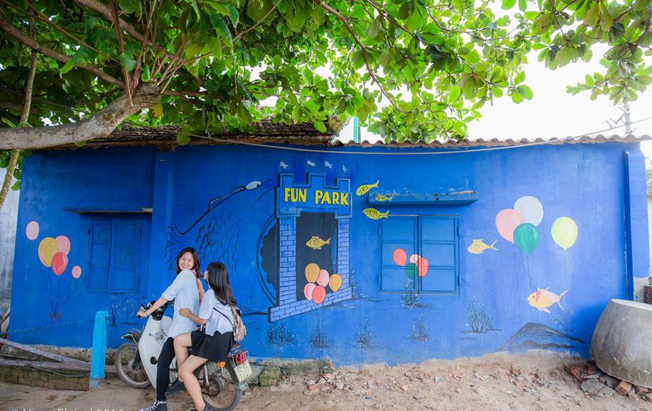 Check in cùng làng bích họa Tam Thanh